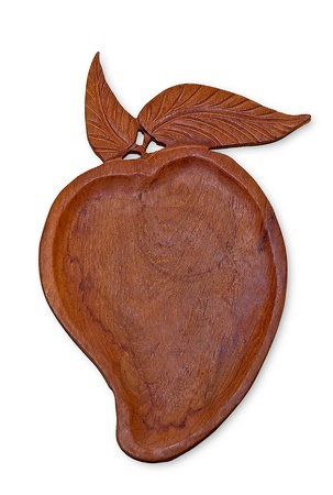 tallado en madera: La bandeja de talla en madera de mango aislado en fondo blanco