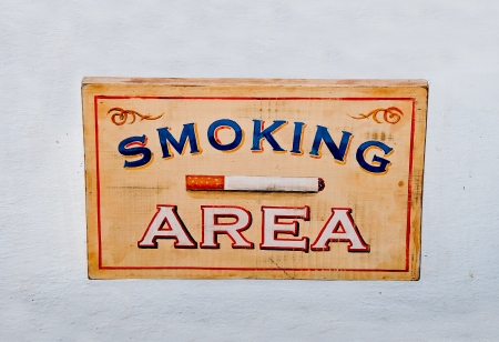 The Sign wooden box of smoking area on wall Stock Photo - 14227307