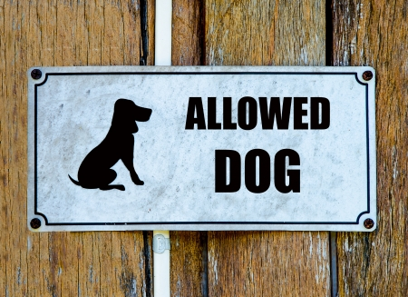 pliable: Sign of welcome dog