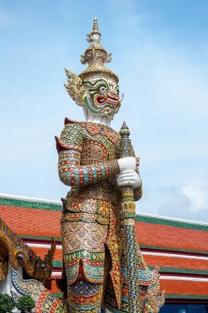 statuary: Beautiful of giant