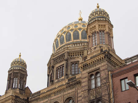 synagoge: BERLIN, GERMANY - April 4, 2016: Dome of the Neue Synagoge, New Synagogue, in Berlin, Germany