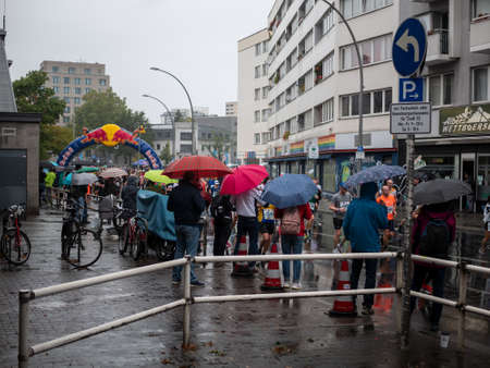 BERLIN, GERMANY - SEPTEMBER 29, 2019: Spectators In The Rain At Berlin Marathon 2019 In Berlin, Germany Redakční