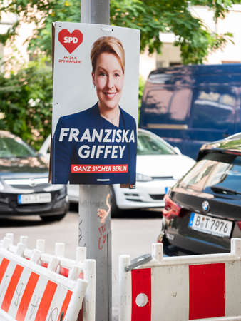 Campaign Poster of Franziska Giffey And The Berlin SPD With Cars At A Construction Site In Berlin