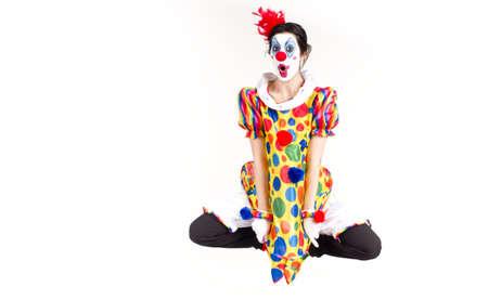 zero gravity: Donna Clowning intorno a mezz'aria come se ci fosse assenza di gravit�