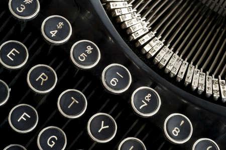 typewriter: una selecci�n horizontal de teclas de una m�quina de escribir de �poca