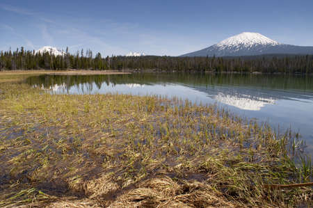 cascade range: The Oregon High Cascade Range has Multiple Peaks over 9,000 this one is in Descgutes County Stock Photo