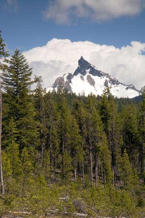 The Oregon High Cascade has Multiple Peaks over 9,000 square feet Stock Photo - 22037649