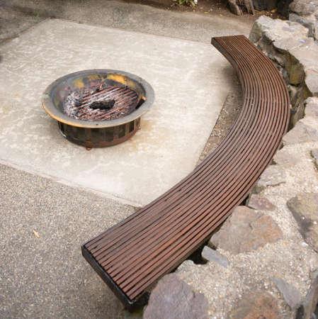 foso: Cubierta del patio trasero Patio Seting �rea Firepit Foto de archivo