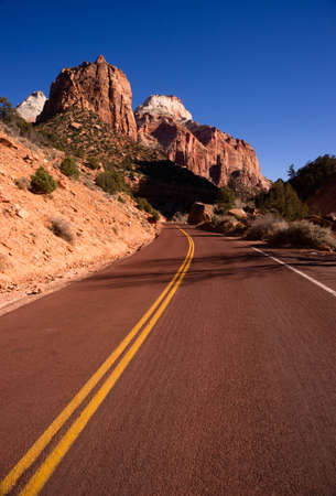 Two Lane Road Highway Travels Desert Southwest Utah Landscape