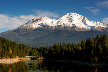Mt Shasta Mountain Lake Modest Bridge California Recreation Landscape
