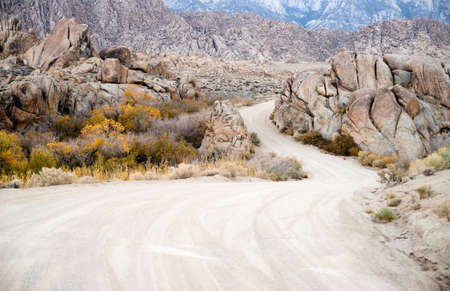 sierra nevada mountain range: Dirt Road into Alabama Hills Sierra Nevada Range California