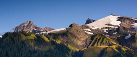 cascade range: Heliotrope Ridge and natural beauty found around the Cascade Range