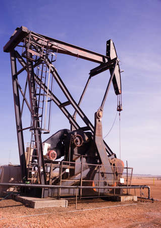 oilwell: A device used for oil exploration in Texas