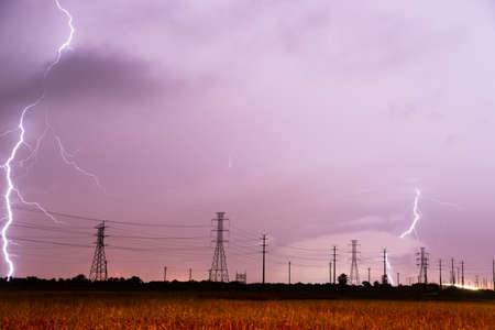 south texas: Lightning strikes behind the lines designed to carry it in South Texas