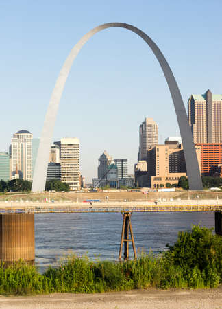 gateway: St Louis Missouri Downtown City Skyline Arch Gateway West