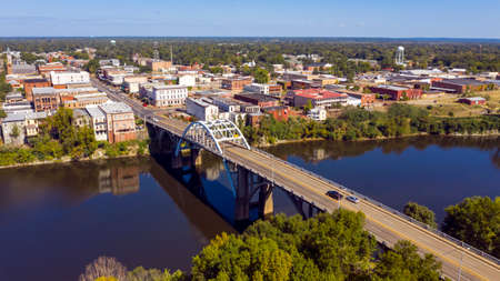 The Alabama River runs by Selma the count seat of Dallas County deep south USA Stockfoto