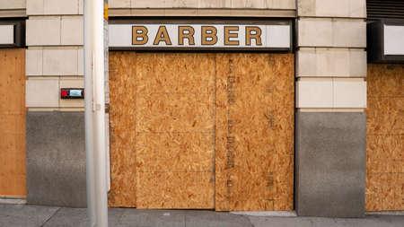The Barber Shop is closed for CXovid19 Pandemic Reklamní fotografie