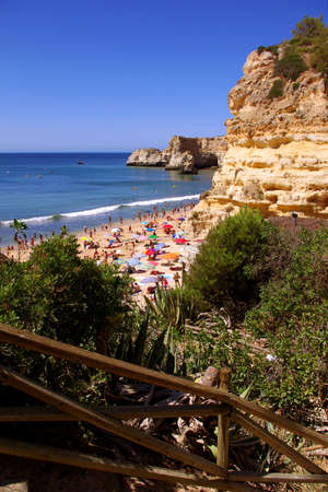 sun bathers: View of a beautiful beach in Algarve, Portugal, in a hot summer day