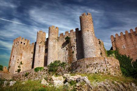 castello medievale: Castello medievale nel villaggio portoghese di Obidos