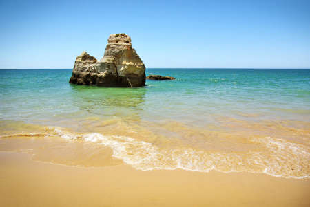 Natural beauty of a beach in Algarve, Portugal Stock Photo - 7529729
