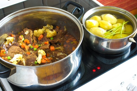 fricassee: Preparation the fricassee and potato