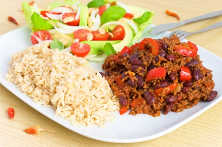 Chili con carne with rice