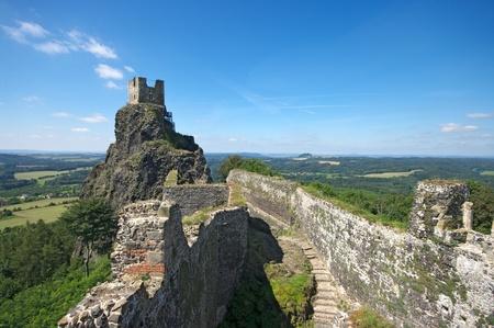 보헤미안 낙원의 Trosky 성 유적 스톡 콘텐츠