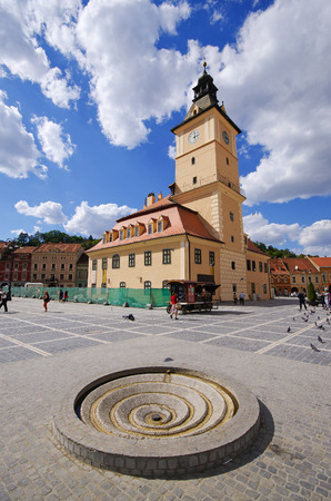brasov: Brasov, Romania - September 09, 2015: Crowded town square. The birthplace of the national anthem of Romania. Editorial