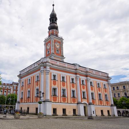 市庁舎、レシュノ - ポーランドの広場