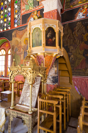 Siana, Greece - July 21, 2016: Church of St. Panteleimon. Old orthodox church. Zdjęcie Seryjne - 122153086