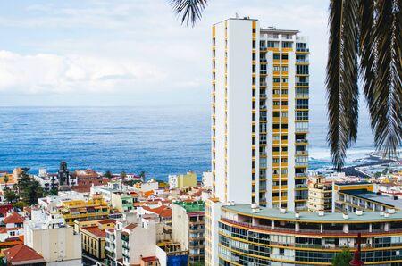 Puerto de la cruz - Tenerife, Spain Zdjęcie Seryjne - 131506918