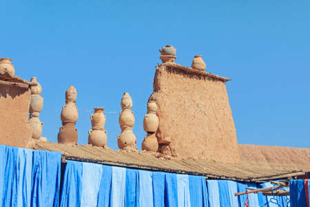 pottery on roof at Ait-Ben-Haddou Stock Photo