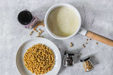 soy milk with fresh beans