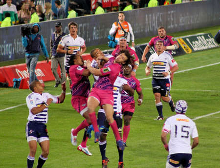 habana: Rugby, Akona Ndungane, Zane Kirchner, Bulls, and Byian Habana, Stormers, competing for ball in the air, Stormers v Bulls, Super Rugby, Loftus Versfeld, Pretoria , South Africa, 2 June 2012