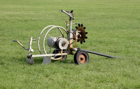 propelled: Mobile Sport Field Irrigation System with Pipe Spindle