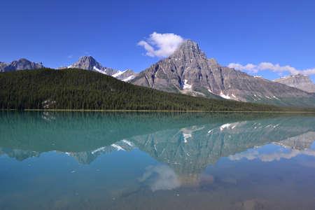 chephren: Mount Chephren and lower waterfowl lake in Banff national park.