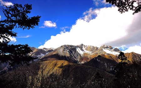 cloud capped: Plateau scenery