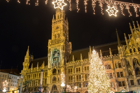 The christmas market on the Marienplatz in Munich Stok Fotoğraf