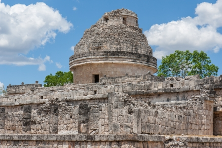 mexico culture: El Caracol, ancient observatory temple in Chichen Itza, Mexico