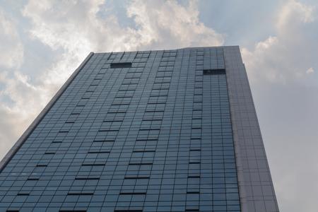 A big skyscraper in Singapore Stock Photo - 22187345