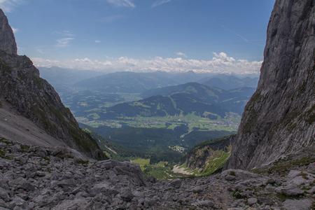 kaiser: Hiking in Austria, Wilder Kaiser Mountains, Elmauer Tor