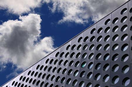 青い空を背景 doted 建築細部 写真素材
