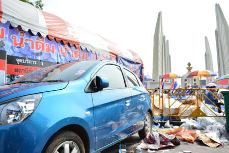 thanon: Thai s democracy monument december