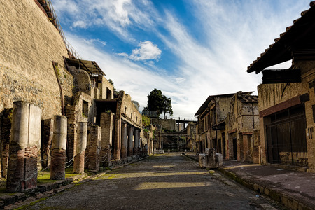 Partially excavated and restored ancient ruins of Herculaneum 스톡 콘텐츠