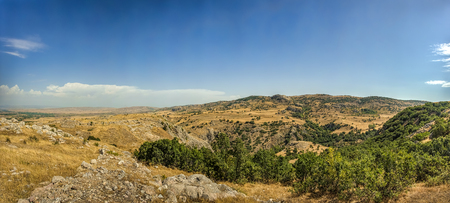 Panoramic View of Hattusa, the capital of the Hittite Empire in Bronze Age. Its ruins lie near modern Bo�azkale, Turkey, within the great loop of the K�z�l�rmak River, UNESCO World Heritage list 版權商用圖片