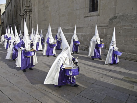 fanaticism: Nazarenes playing drums in a procession of Easter, Spanish religious belief
