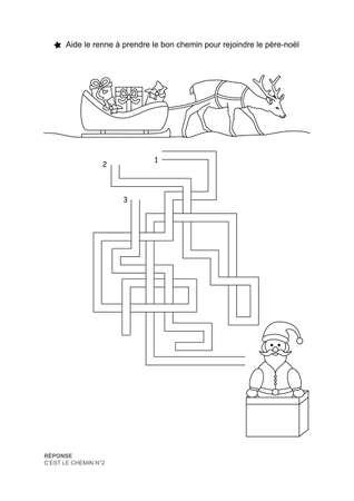 The maze game. Christmas theme. Help the reindeer to join Santa Claus. Game and coloring. Vector illustration. French language.