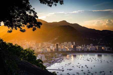 Aerial view of buildings on the beach front, Botafogo, Guanabara Bay, Rio De Janeiro, Brazil Imagens - 21577332