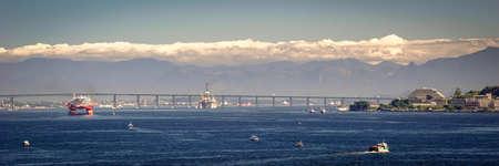 橋海、リオ ・ ニテロイ橋、グアナバラ湾、リオ ・ デ ・ ジャネイロ、ブラジル