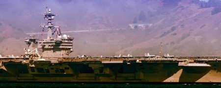 Demonstration of USS Carl Vinson (CVN 70) on Fleet Week celebration in San Francisco, California, USA Éditoriale